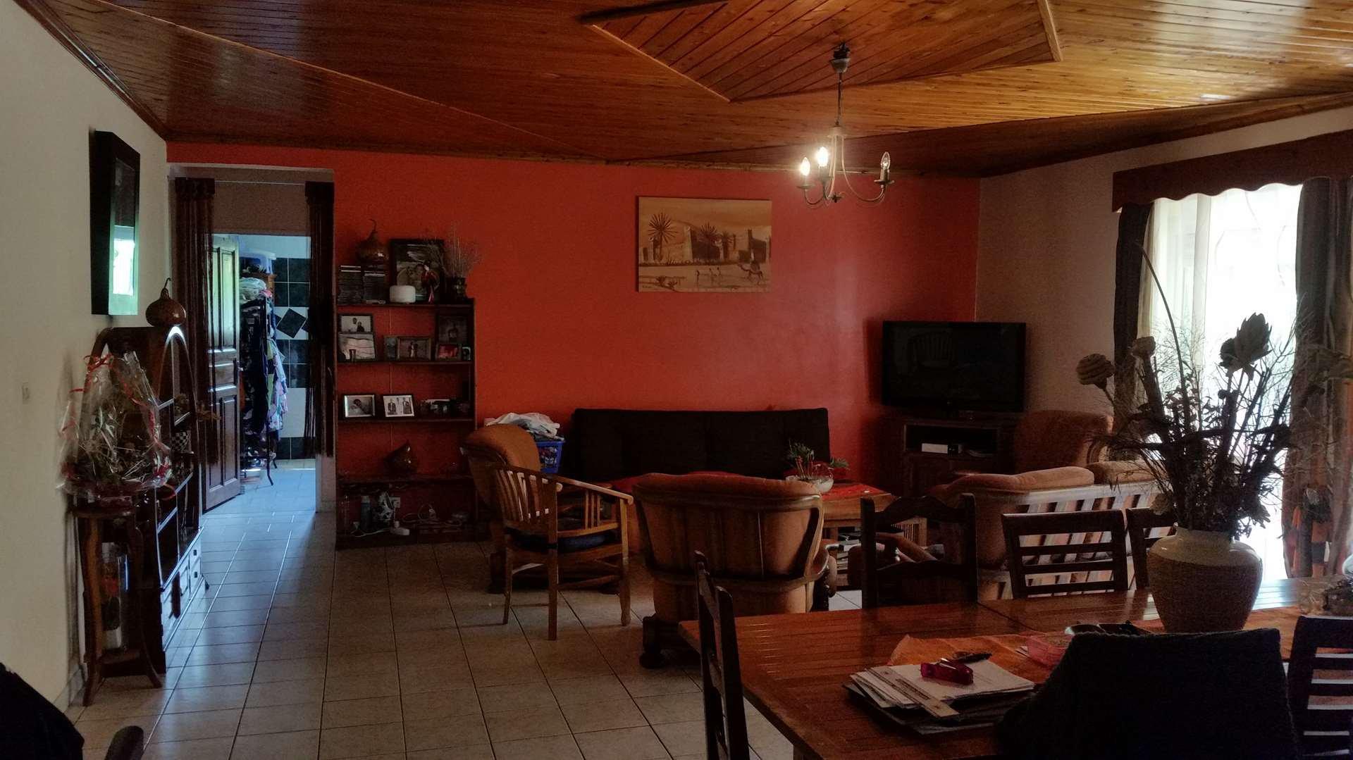 A La Rivière Saint Louis villa F5 à 239000€