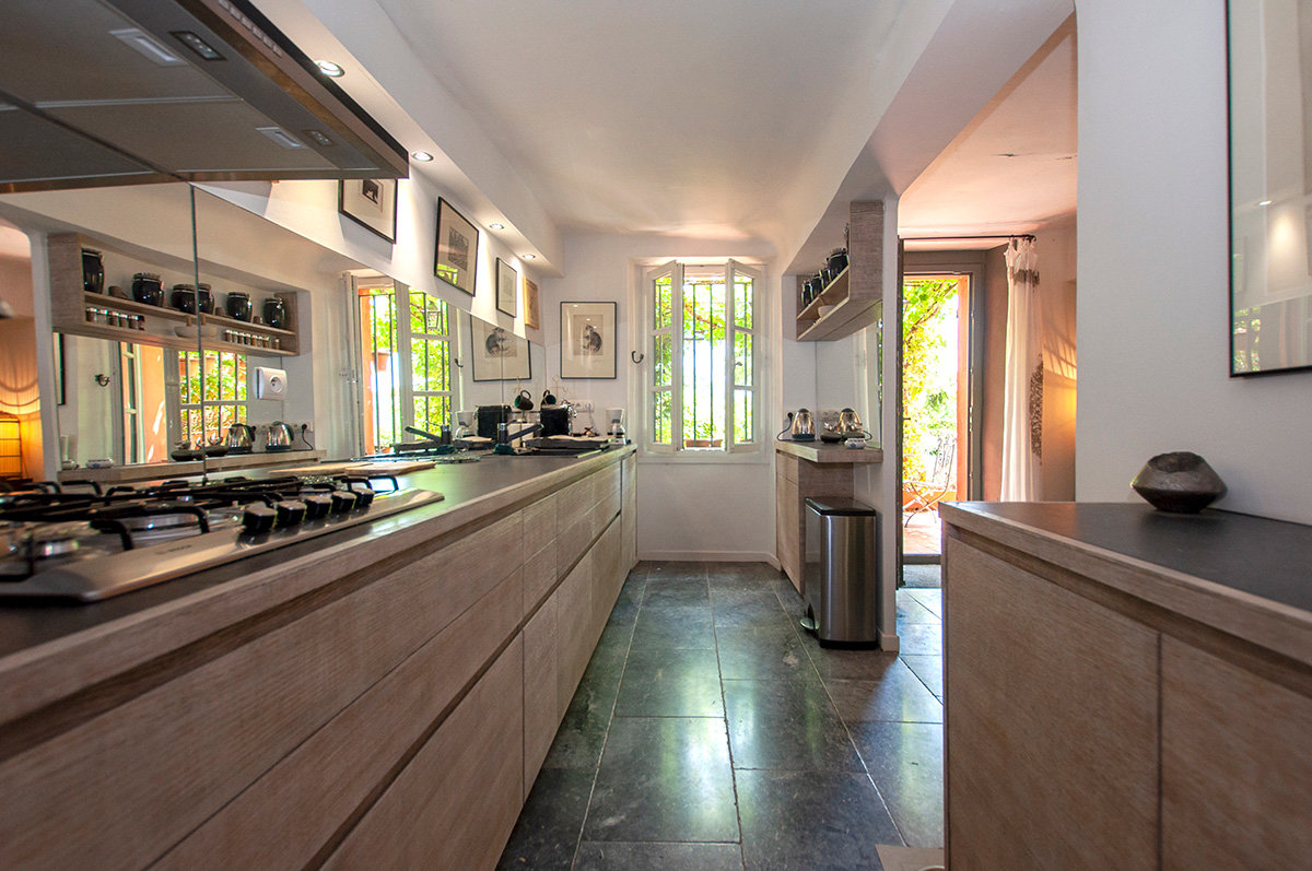 A beautifully renovated 5 bed town house - Flassans sur Issole, Var