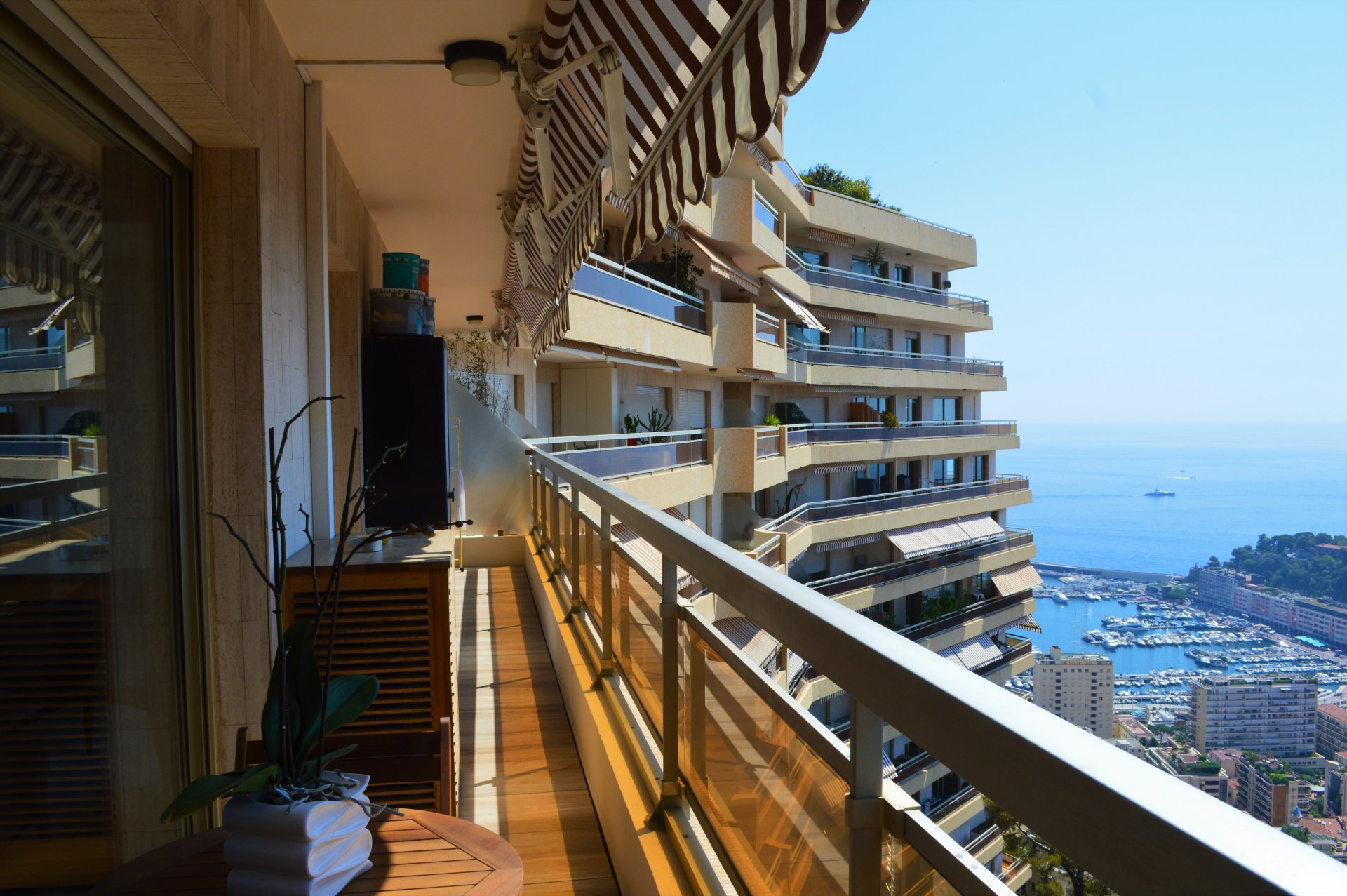 Beautiful 3 rooms in Les Ligures
