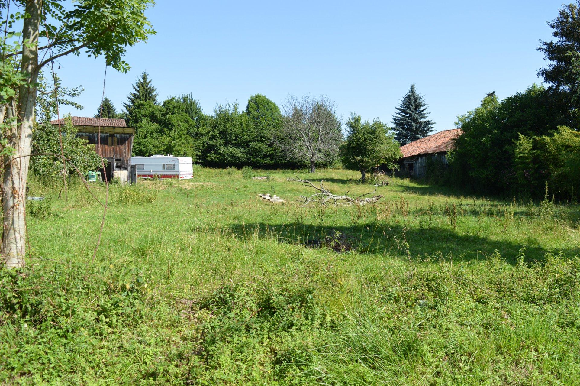 Terrain constructible avec grange