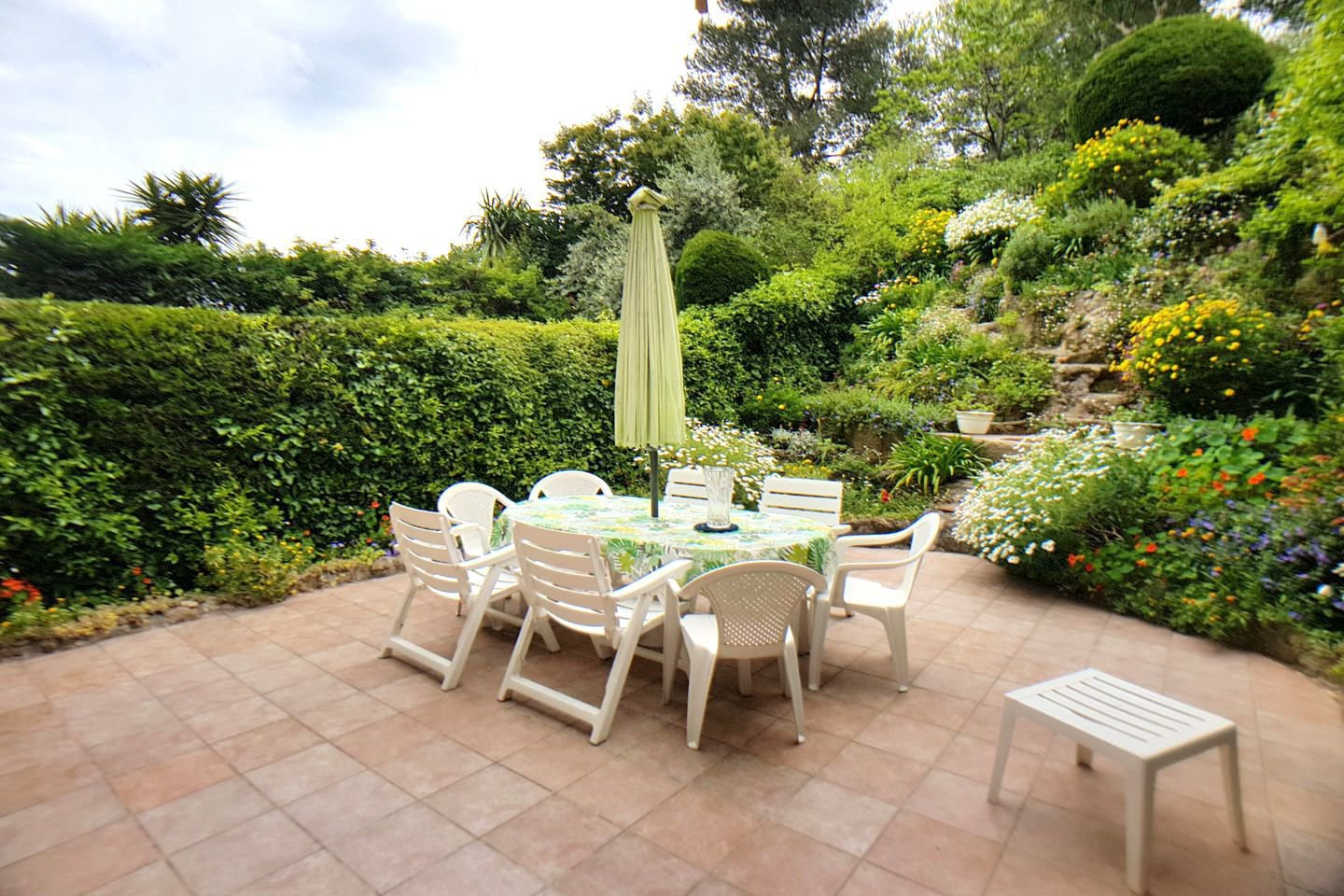 CANNES TASSIGNY - 3 PIECES - 105M² TERRASSE