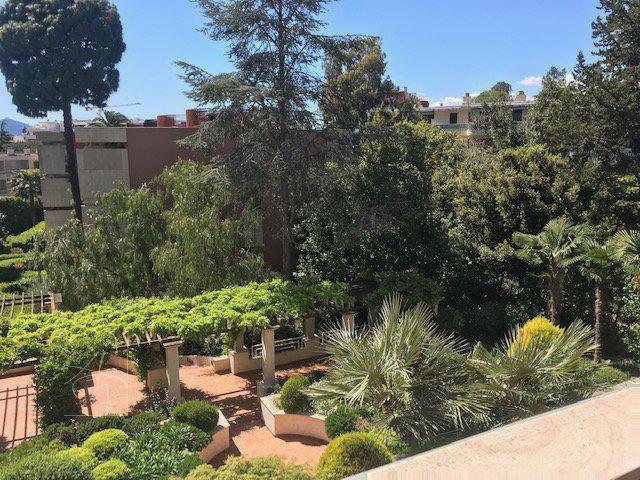 exclusivité cannes basse californie luxueuse résidence avec parc