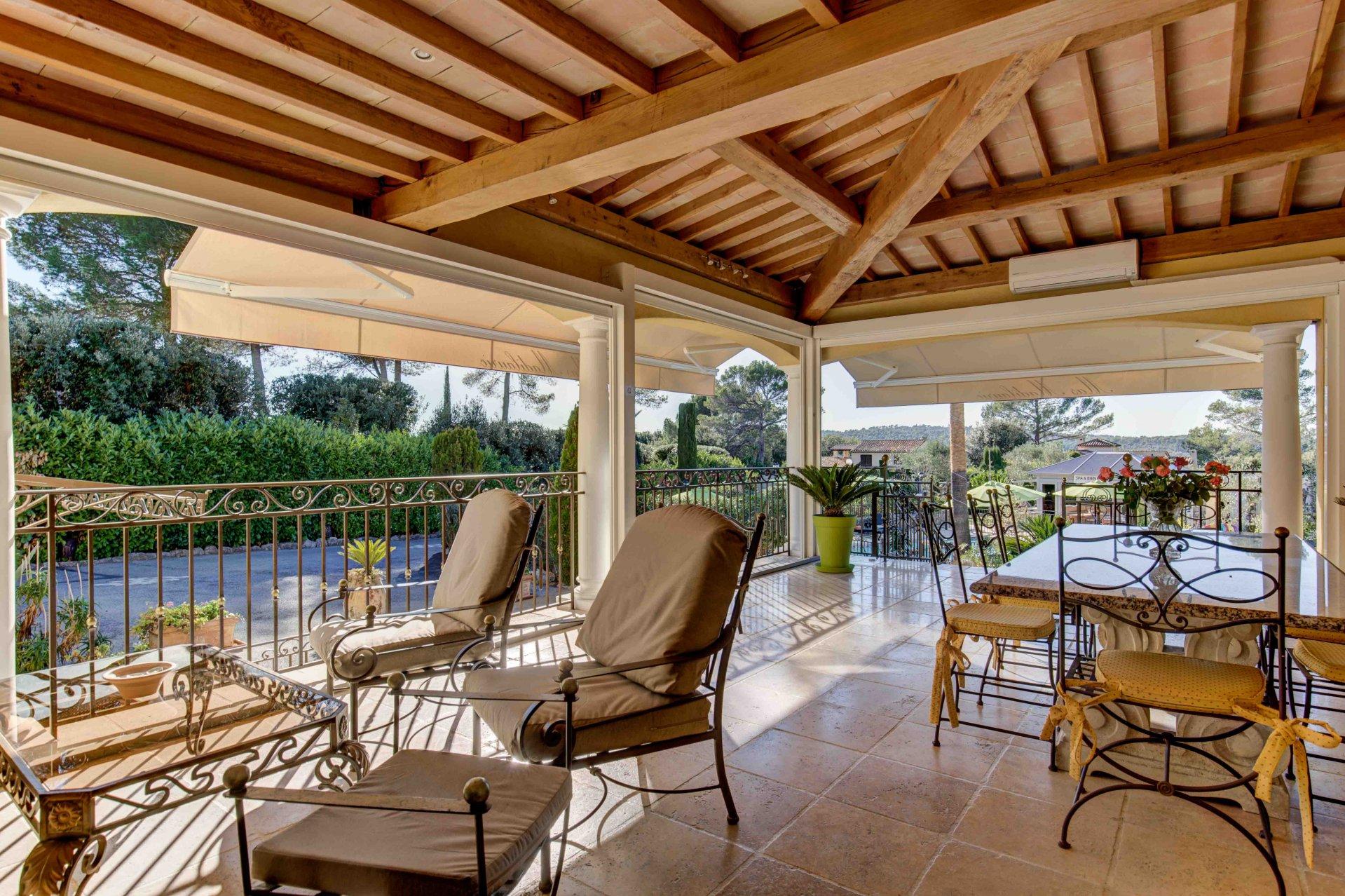 GRASSE ST JACQUES ultra-residential, quiet villa