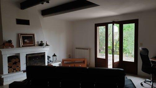 Villa with big garden and basement