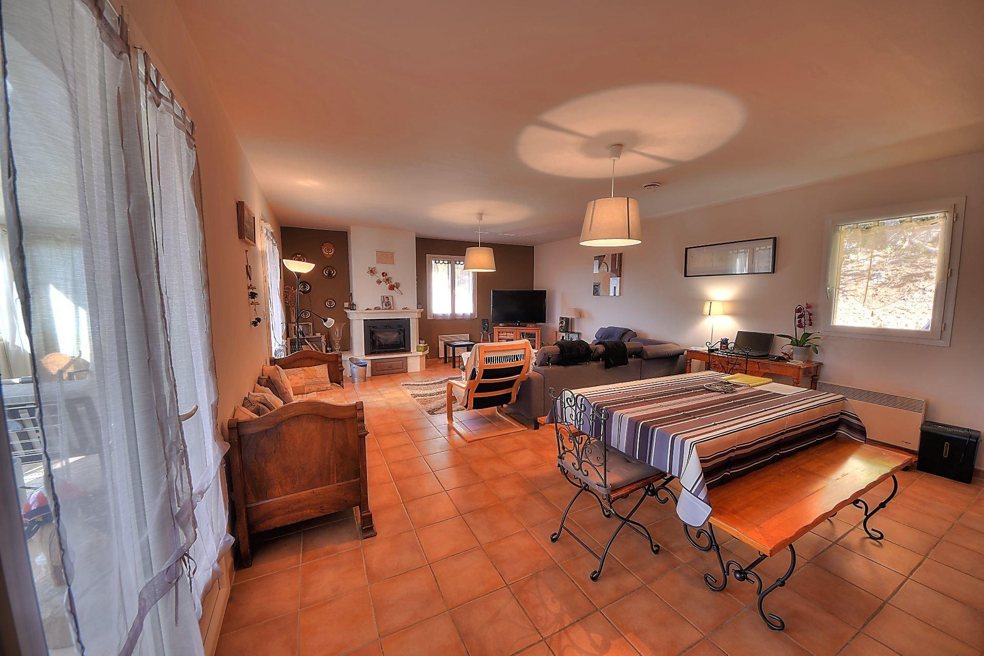 Villa view 3 bedrooms view lake Bauduen