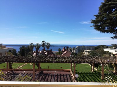 cannes californie vue mer résidence de luxe avec piscine