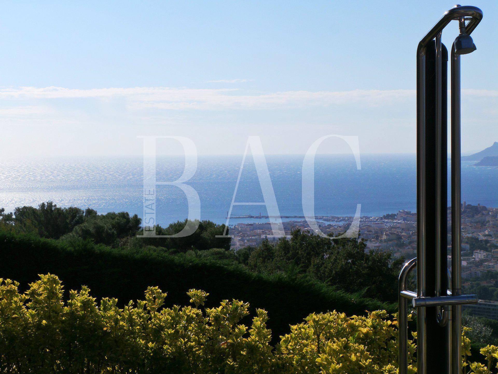 Panoramic-sea-view-Cannes