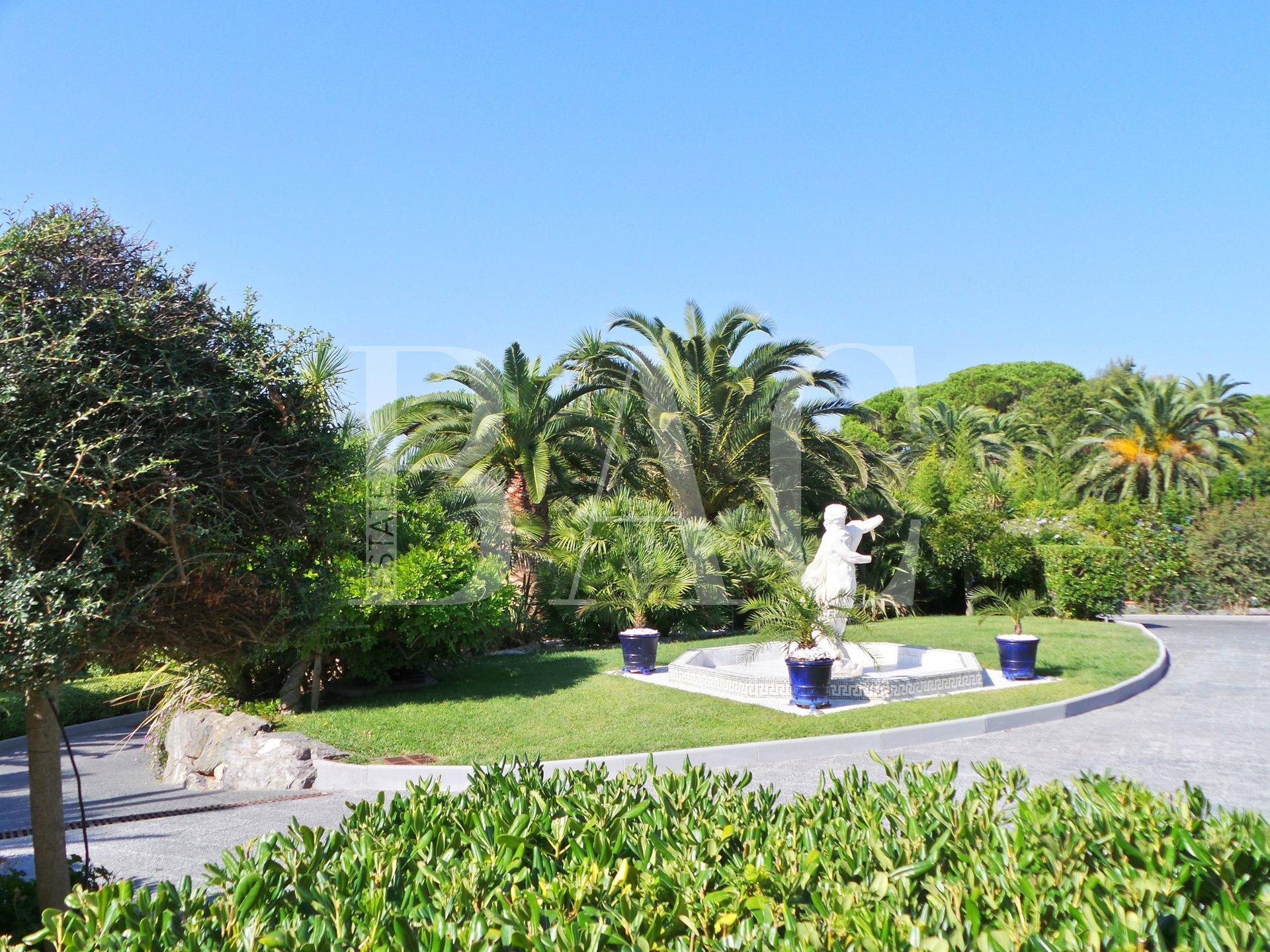 """Saint Tropez """"Les Parcs"""""""