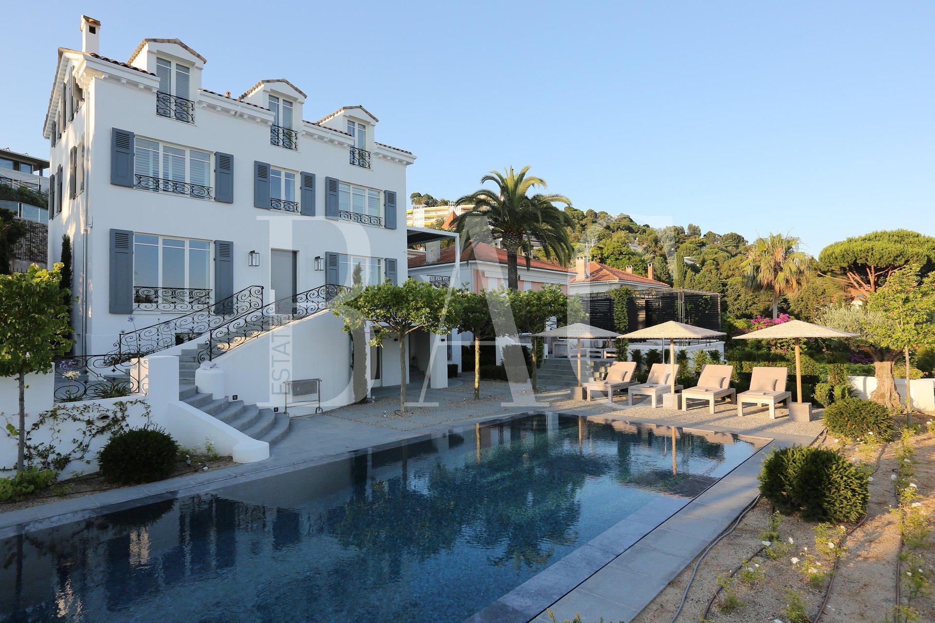 Cannes Basse Californie, une villa remplie d'histoire.
