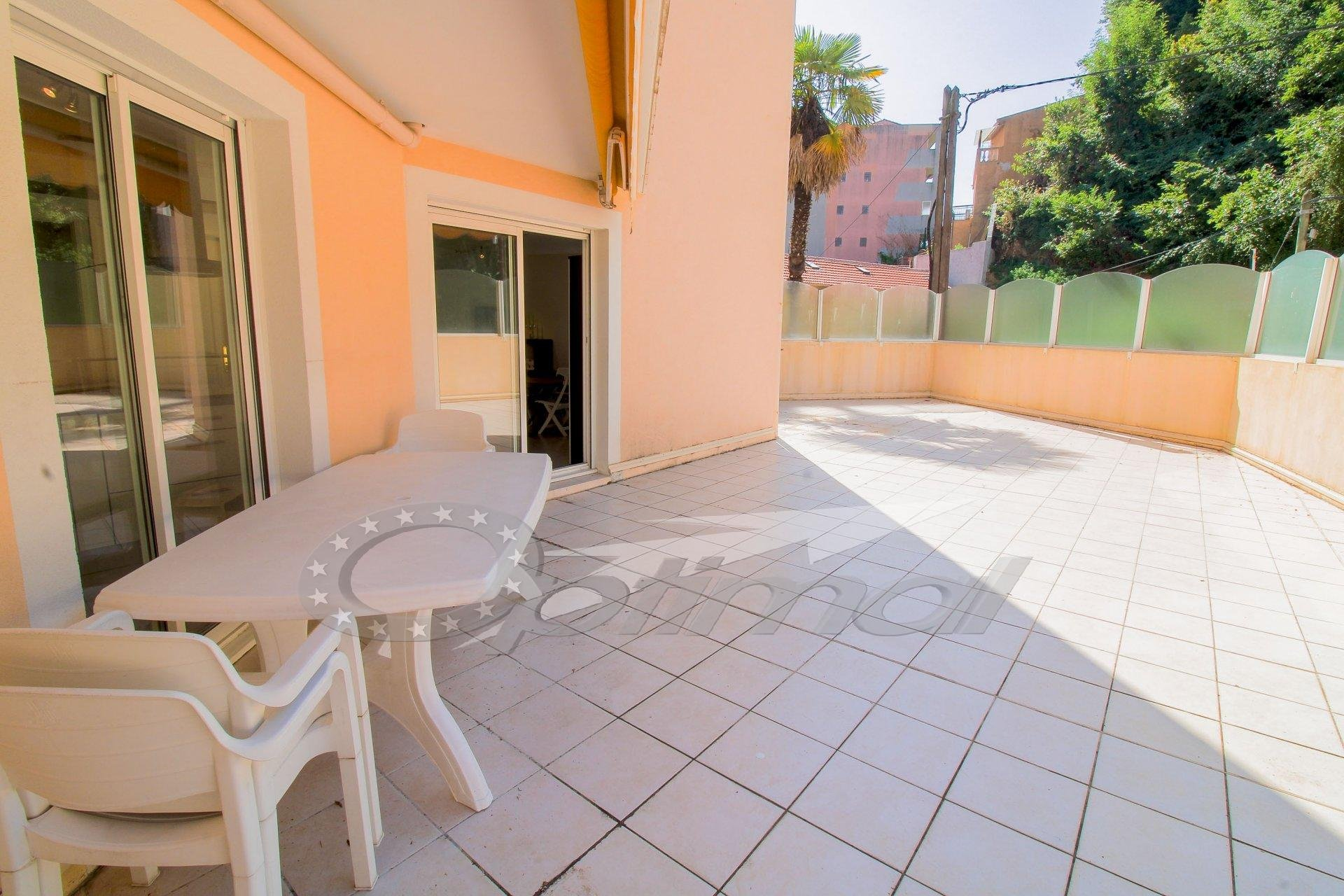 VERY NICE 2 ROOMS - TERRACE ABOUT 100M ² - BORRIGO