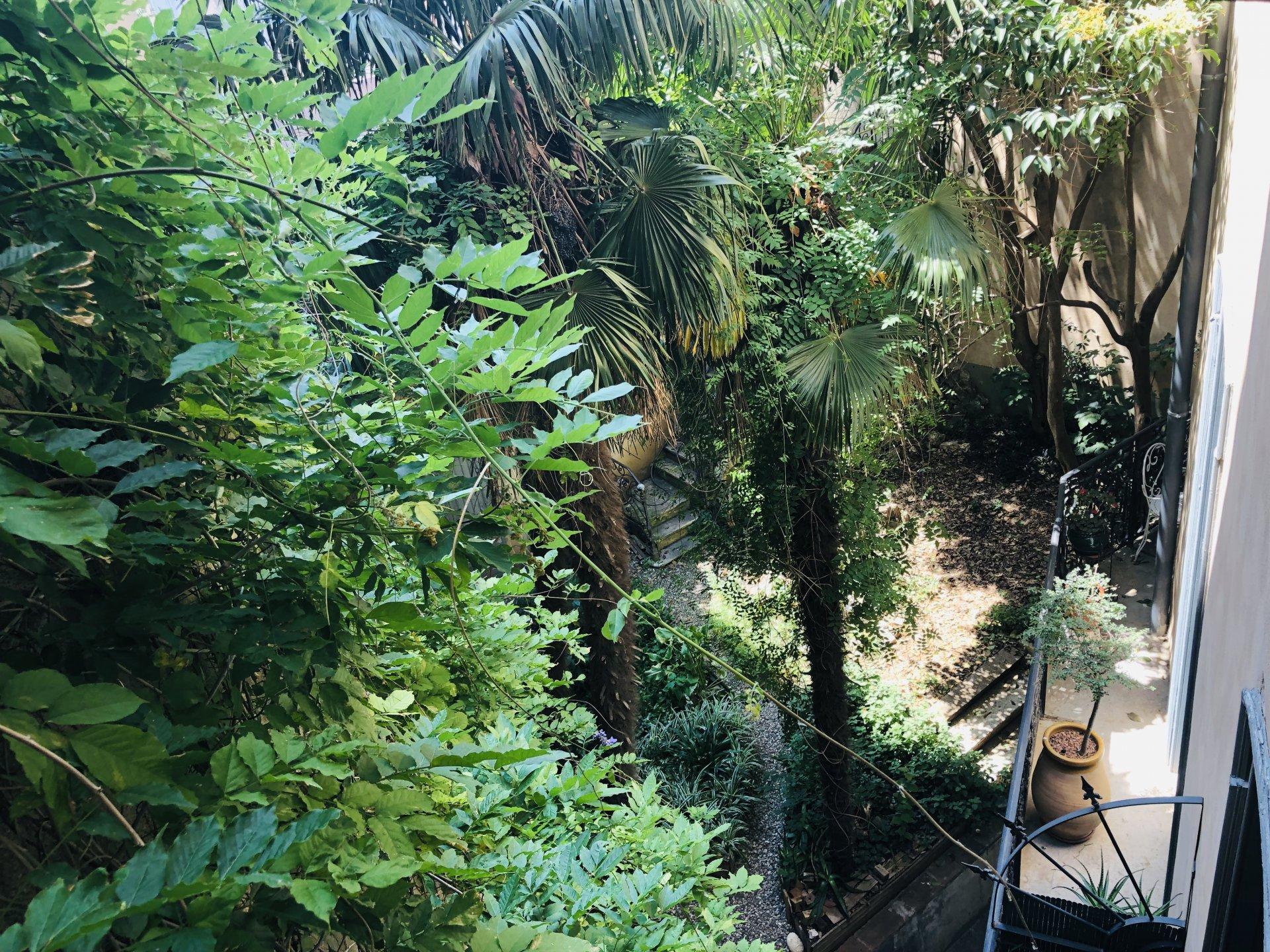 PERPIGNAN hyper centre T4 jardin de 75m2 et terrasse 50m2