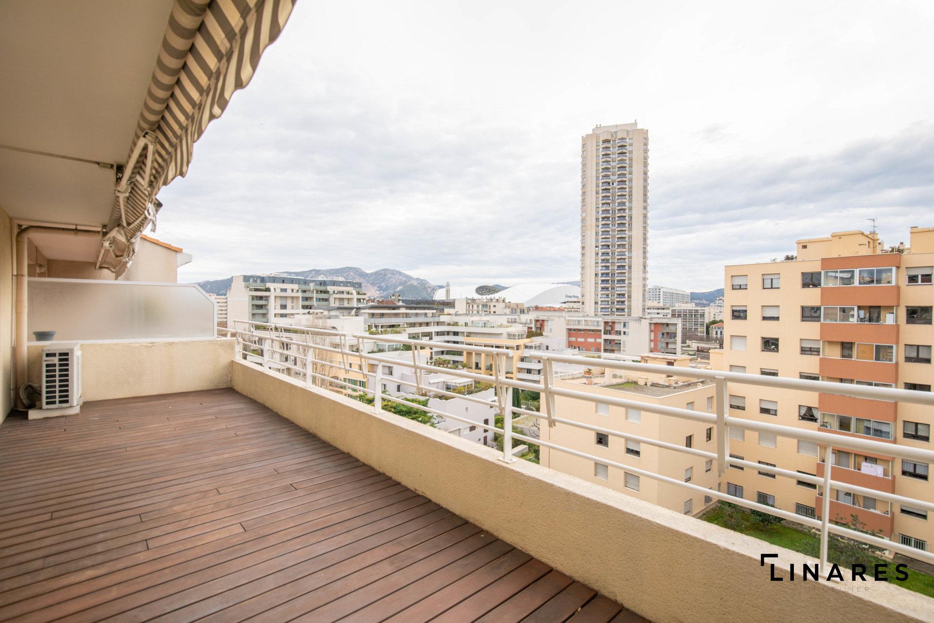 LE DOMINANT Appart en toit terrasse T4 de 124m2 + box double