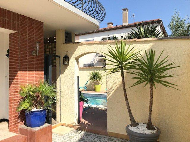 Narbonne centre, maison T5 avec piscine