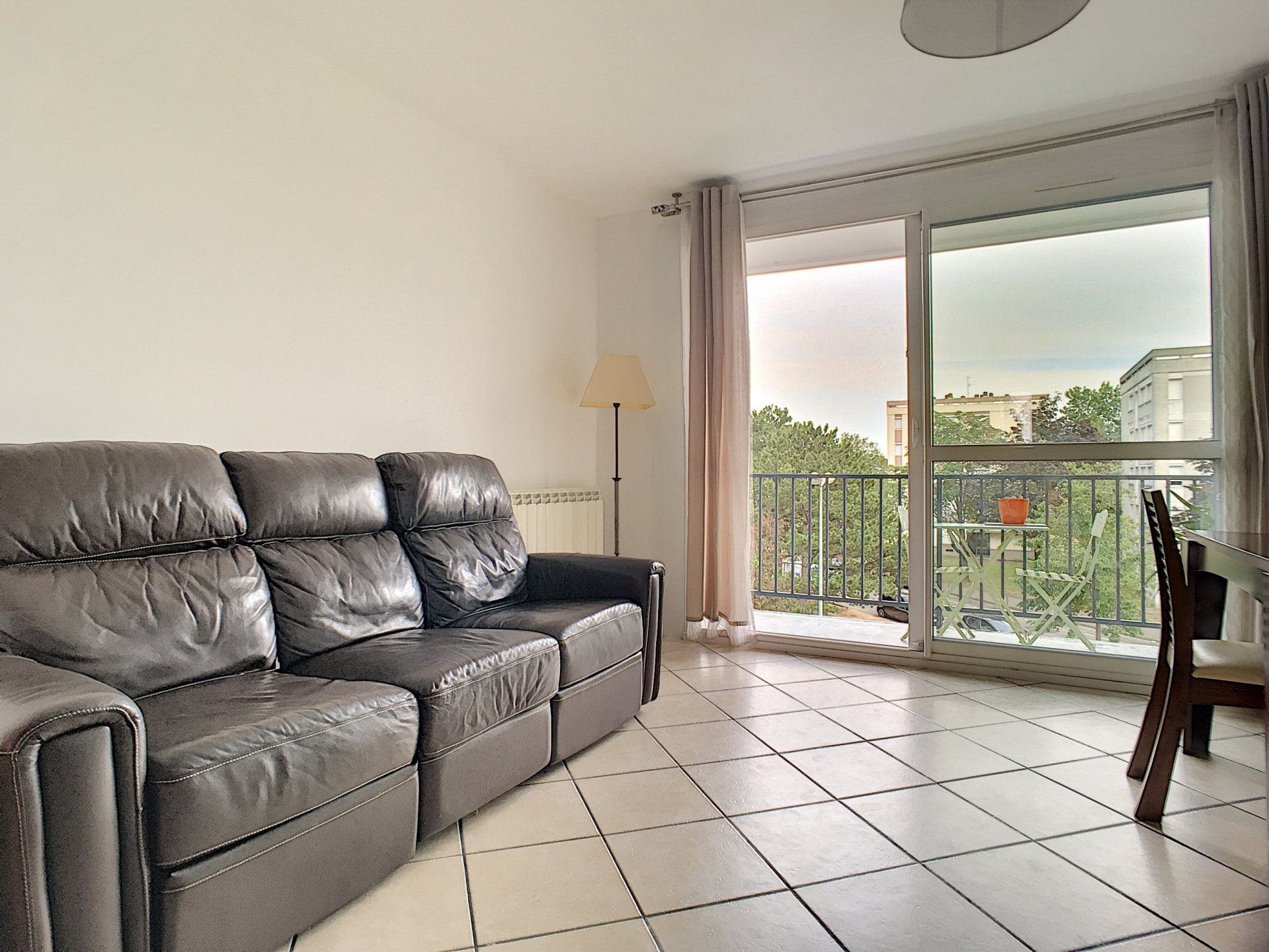 Appartement T 4 GRIGNY