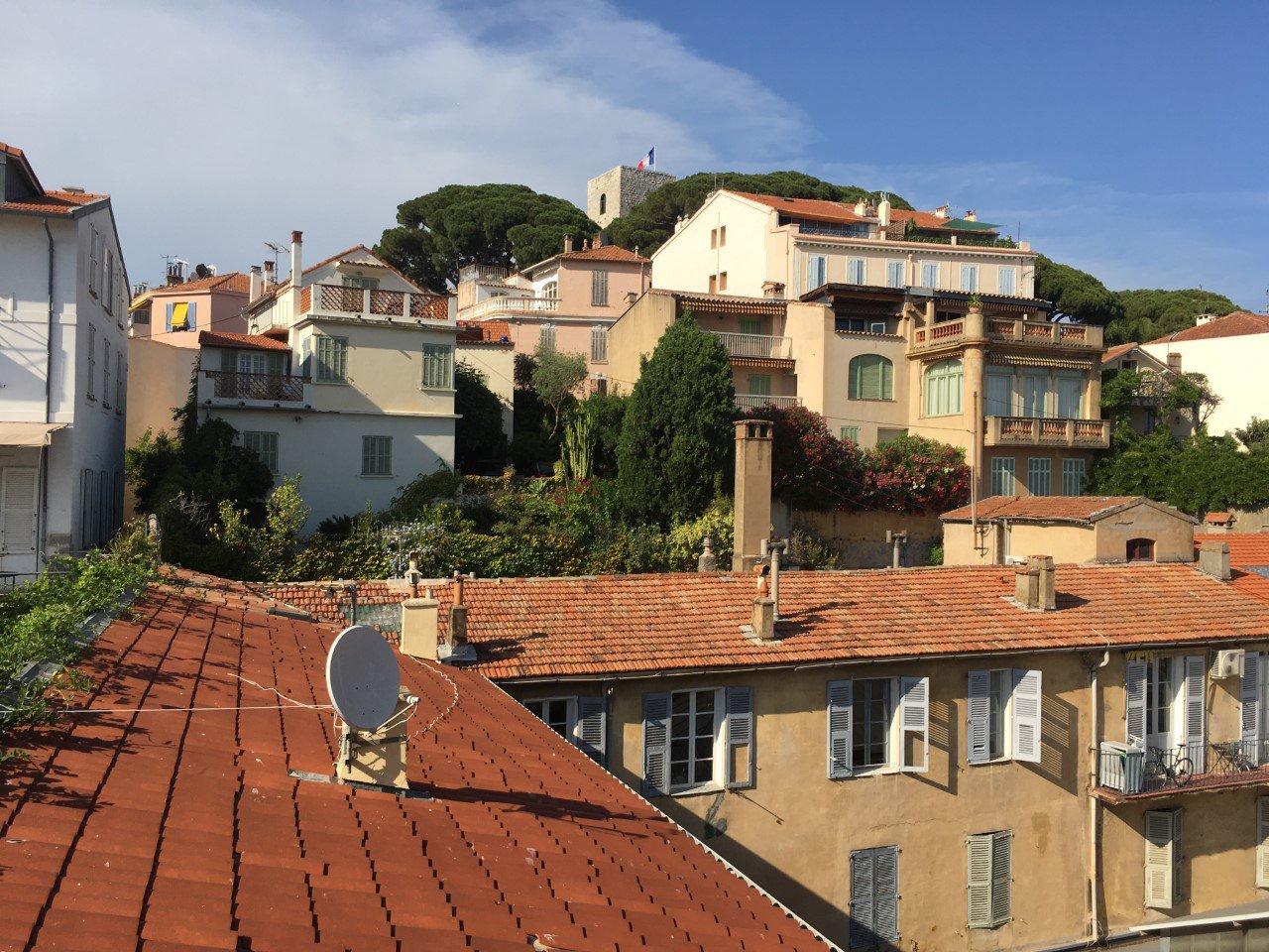 Studette Centre Ville de Cannes