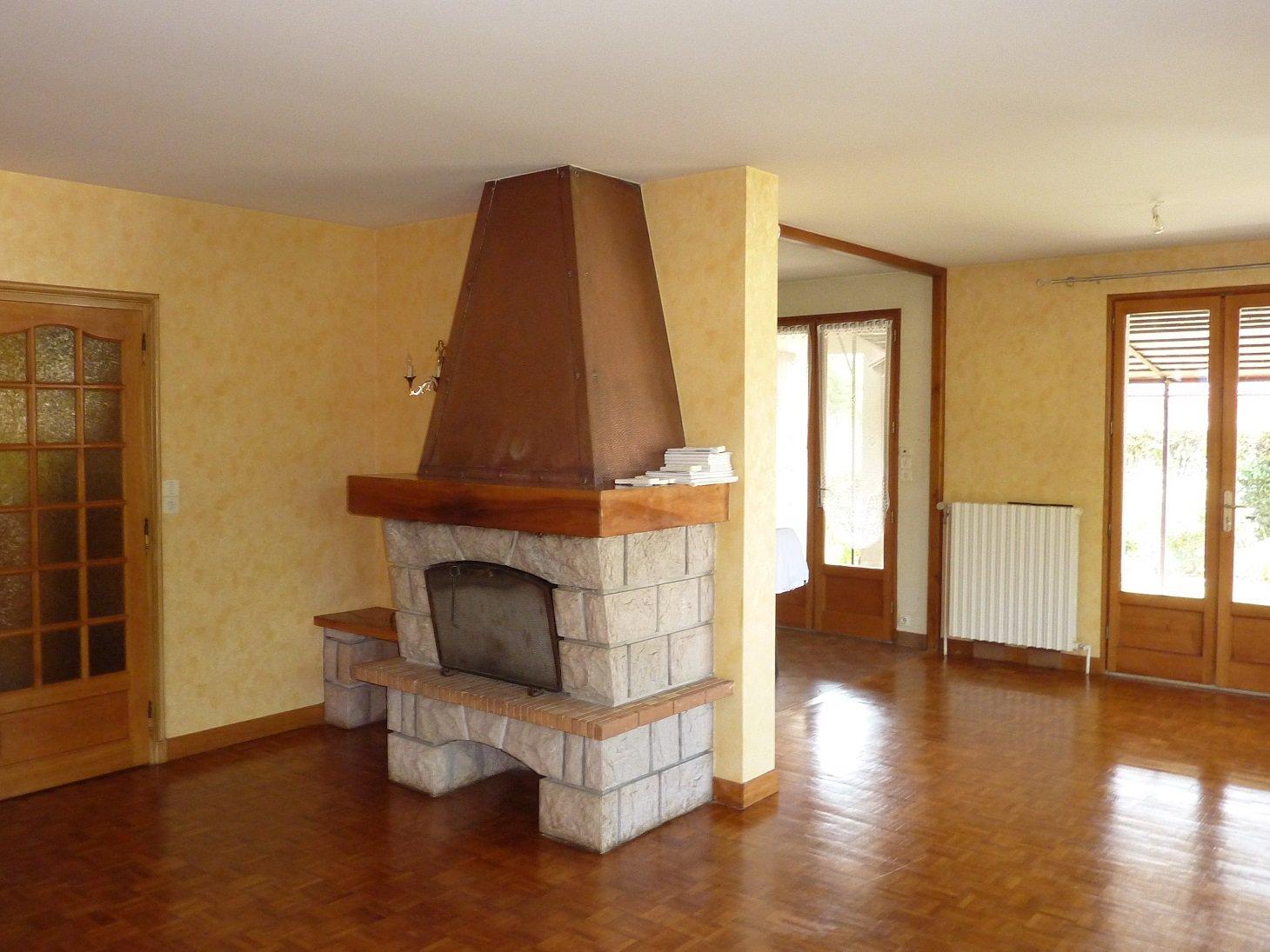 VILLA 130 m² hab. 5 chambres,avec sous-sol complet