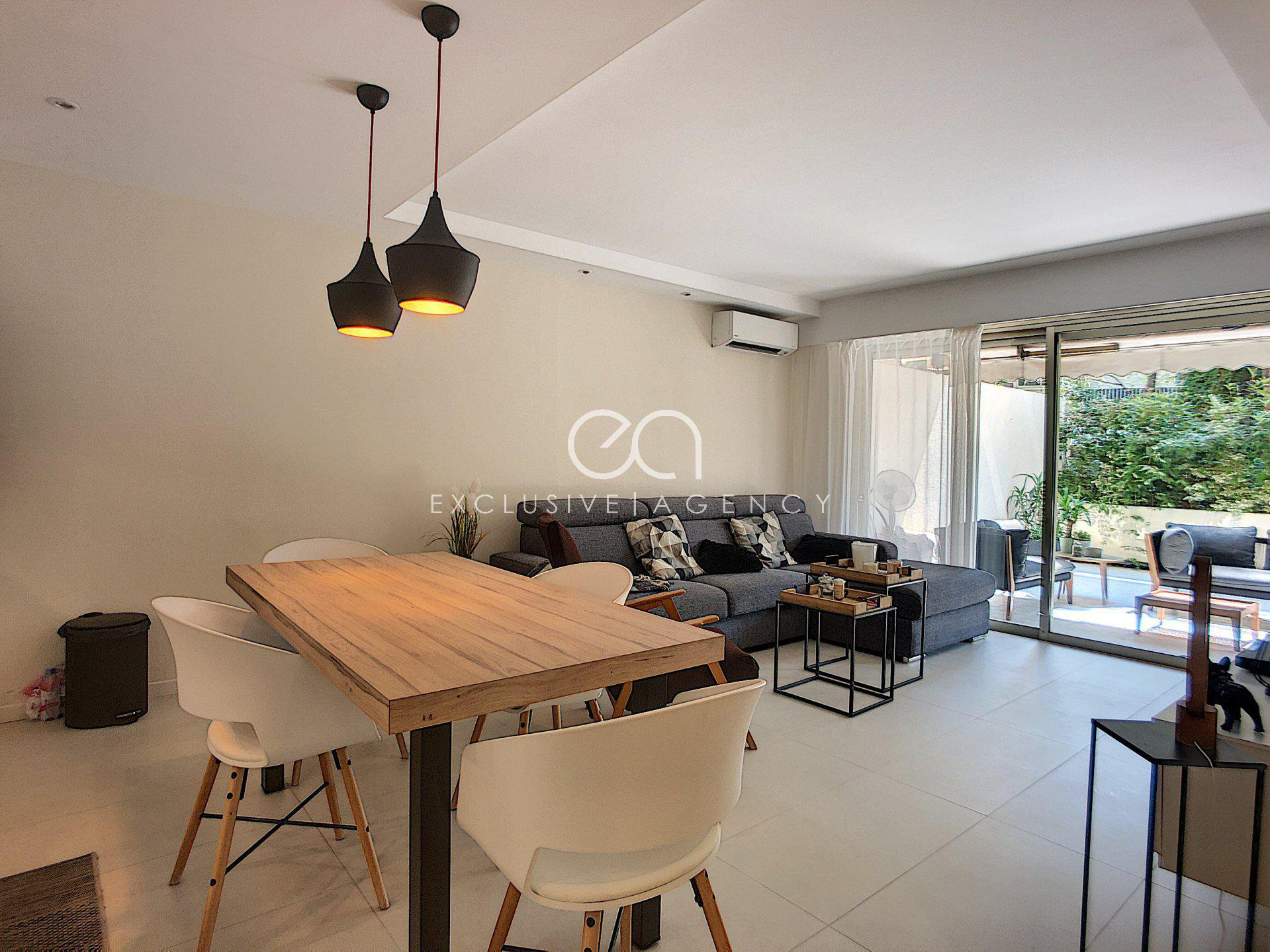 Cannes Montrose appartement 3 pièces rénové avec terrasse de 60m2 - coup de coeur !