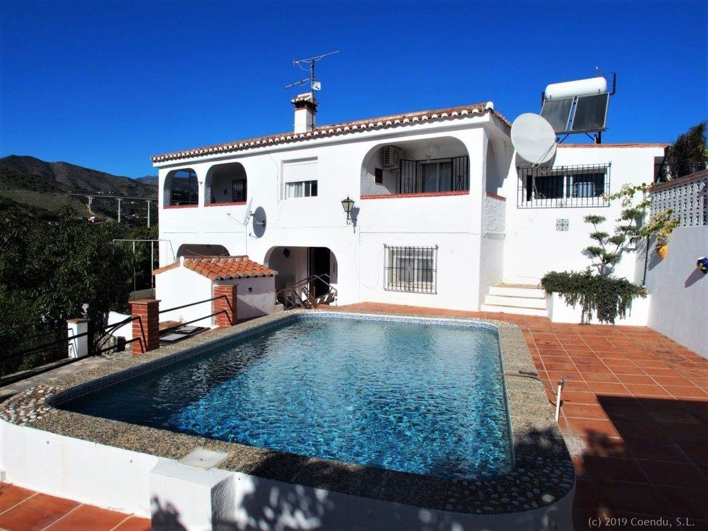 Villa in Torrecuevas with 5 bedrooms and pool