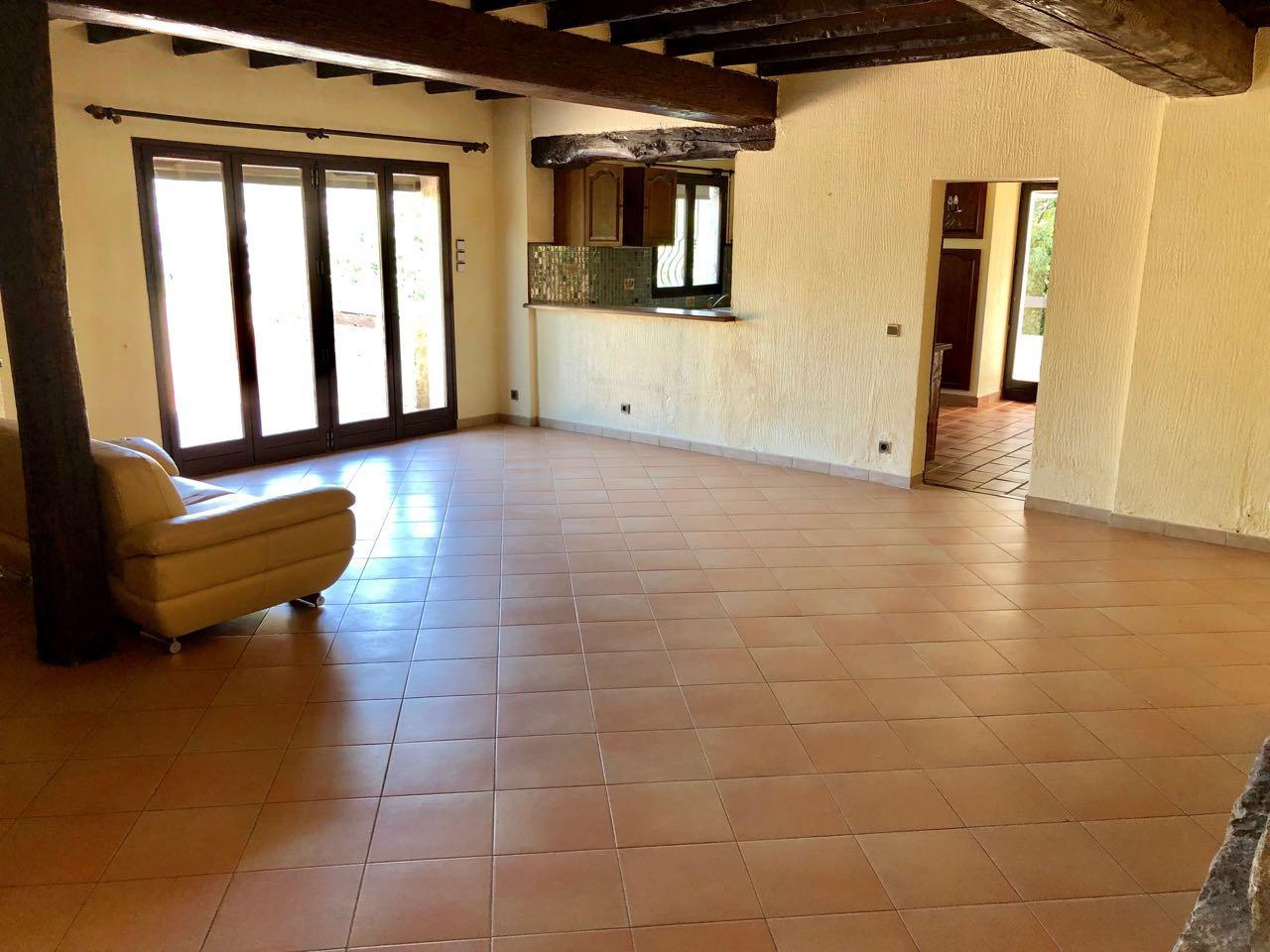 Maison provençale dans un bel environnement...
