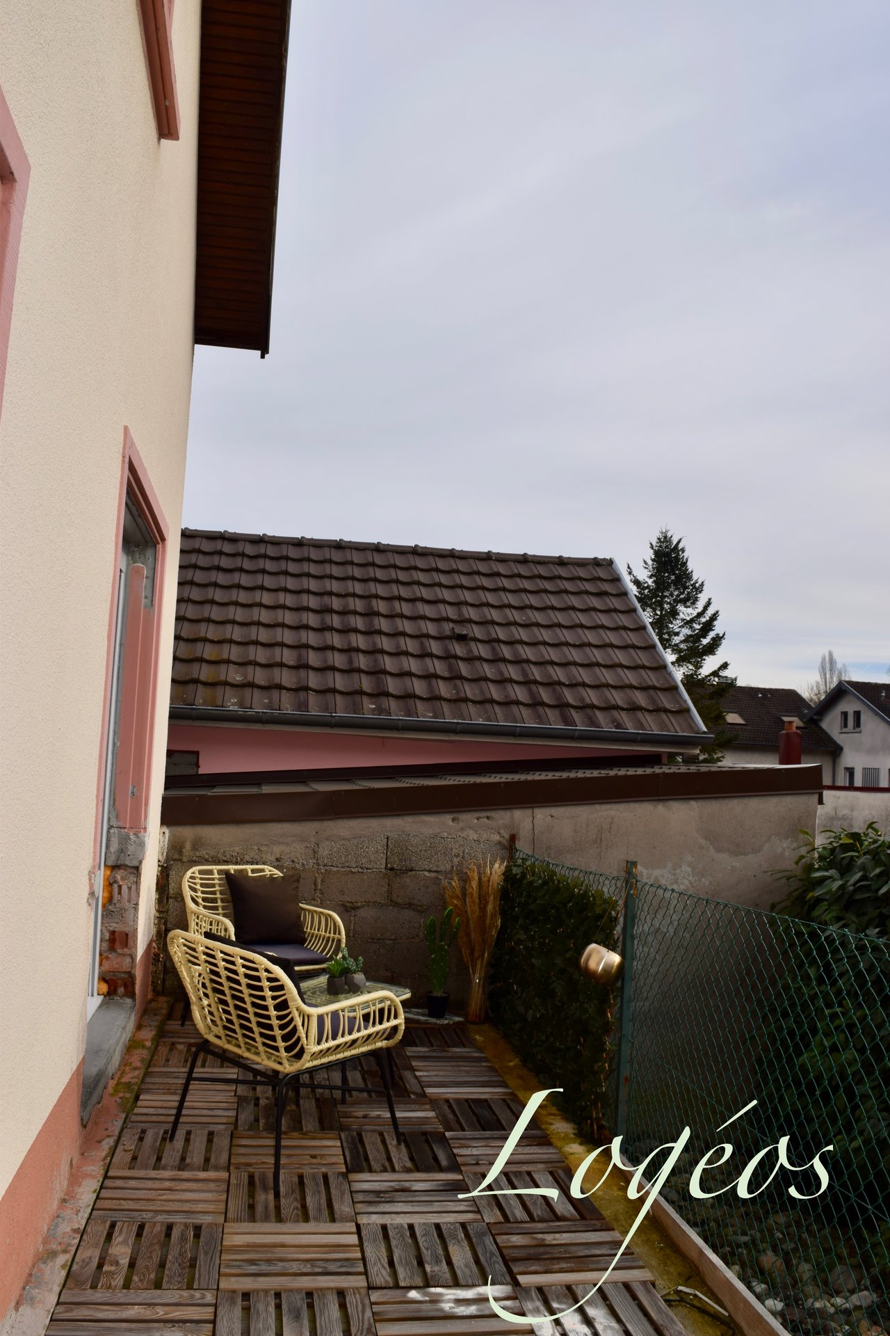 (Brunstatt/Didenheim) – maison 2 chambres, avec une dépendance.