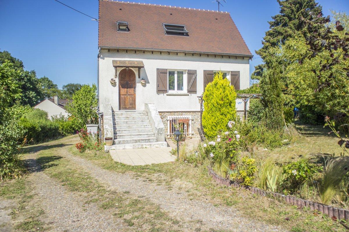 Maison ancienne à La Queue-lez-Yvelines
