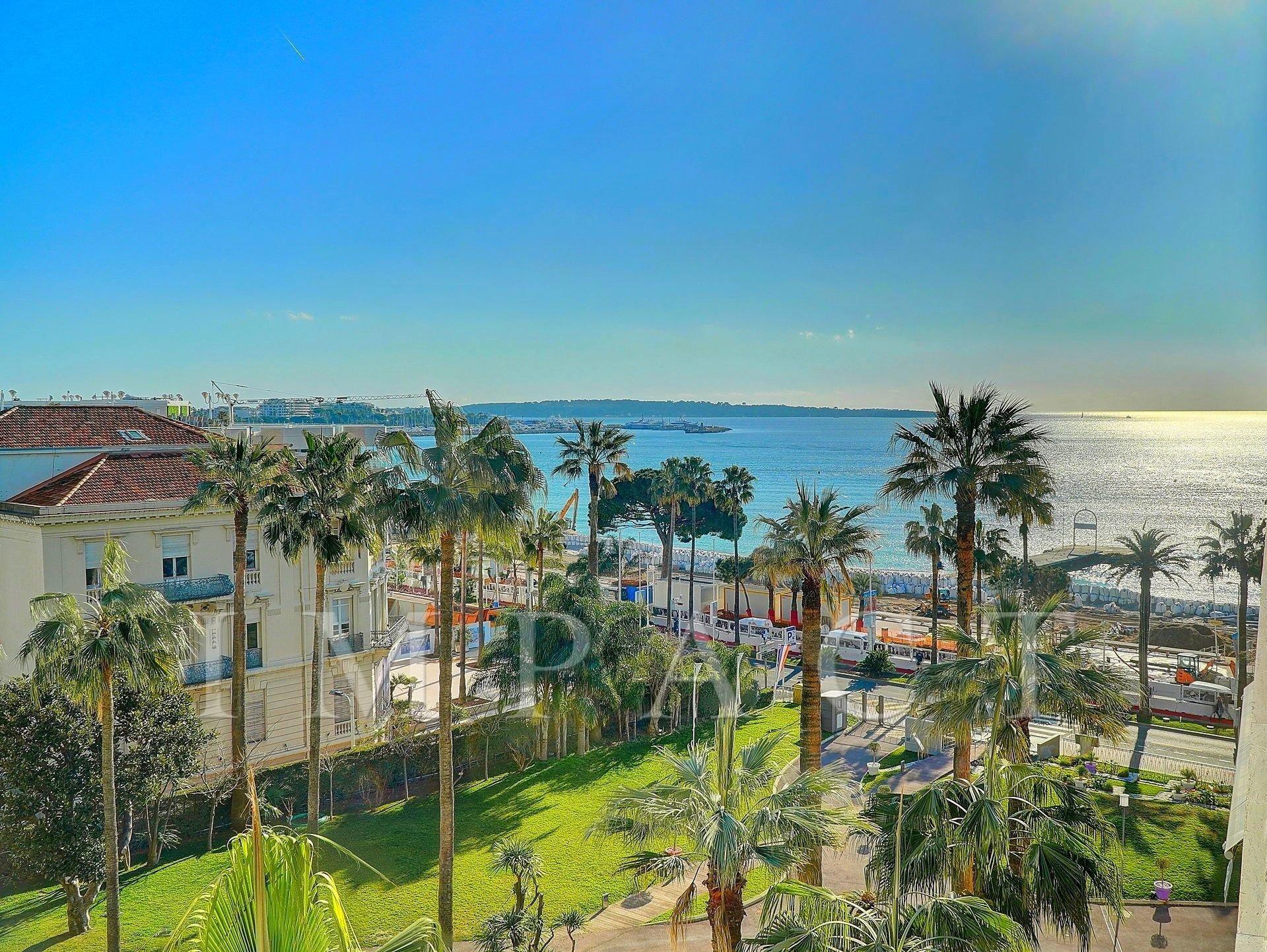 Appartement à vendre Cannes Croisette Vue Mer