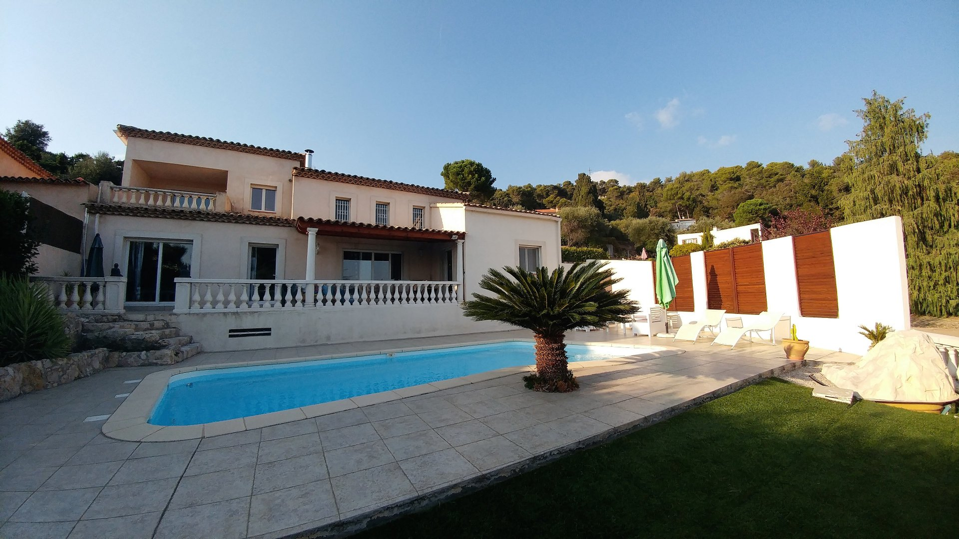Seaview villa with pool in Nice Gairaut