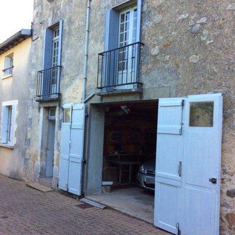 Huis met uitzicht in het hartje van Confolens in de Charente
