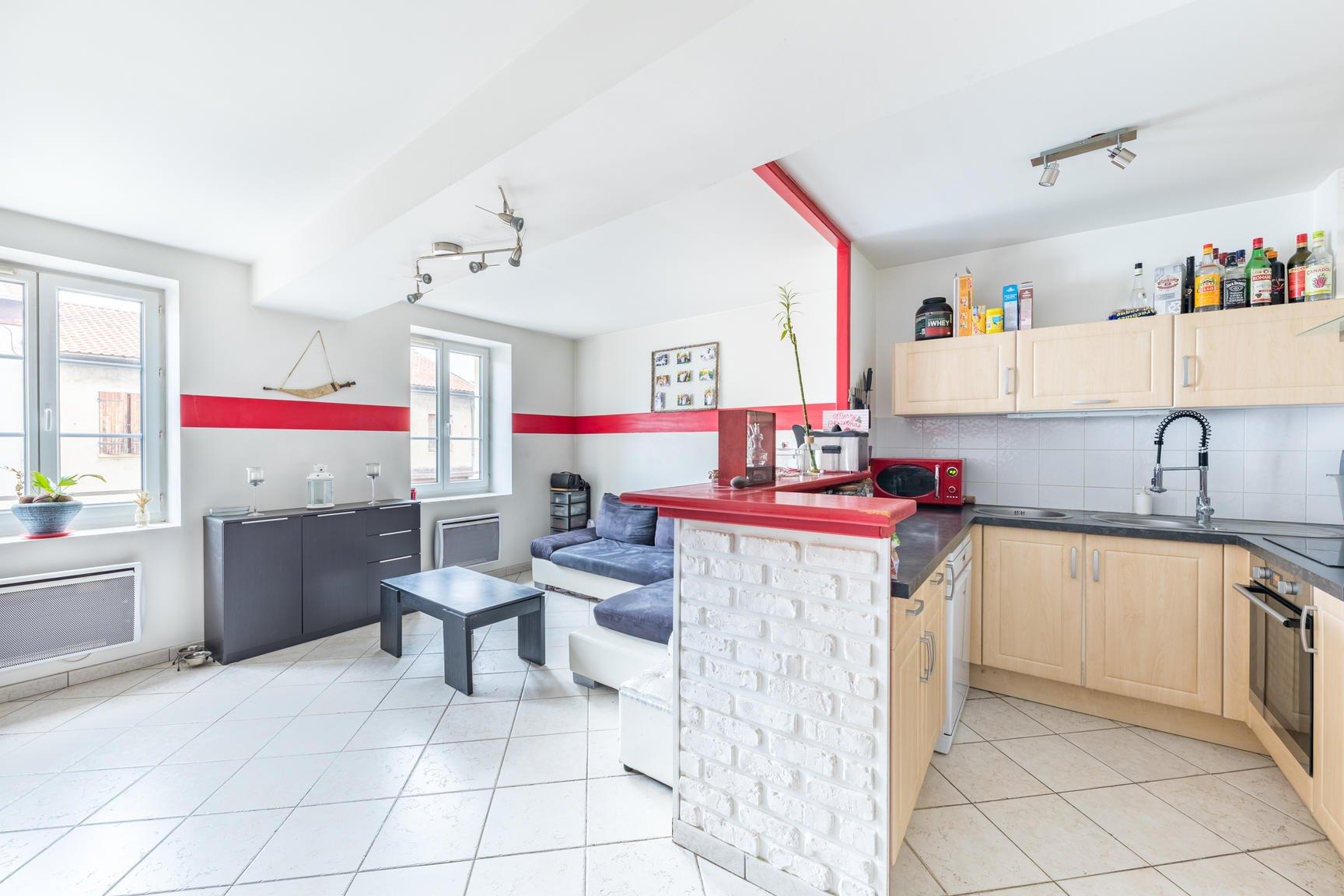 Appartement T2 bis de 65 m² à Les Chères 69380