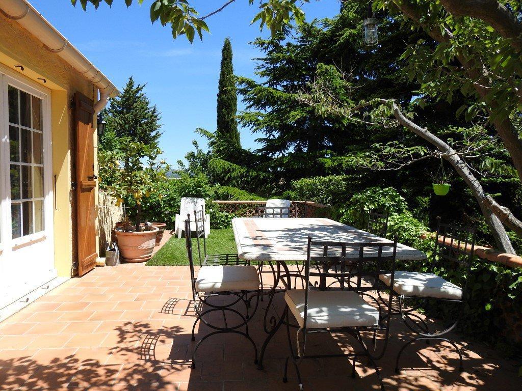 Maison T6 + garage + atelier sur 500 m²  de terrain