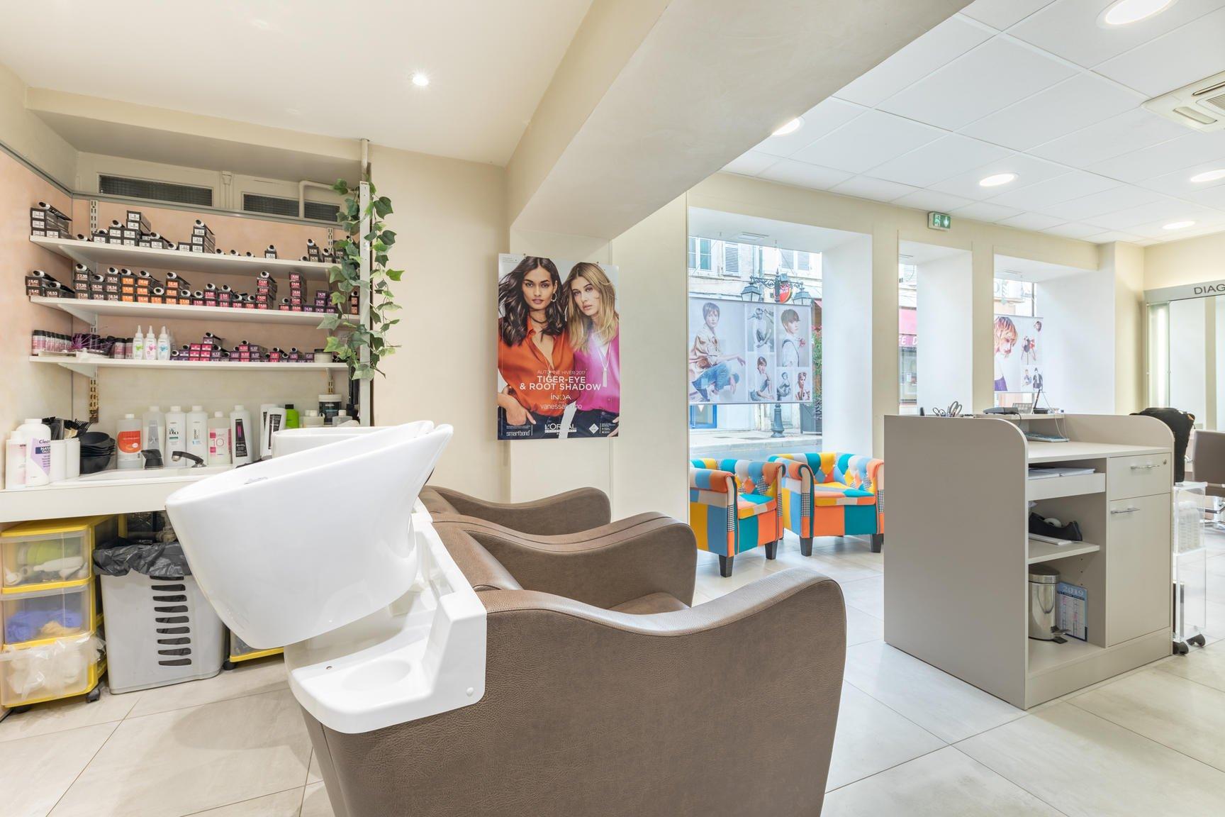 Salon de coiffure mixte - Barbier