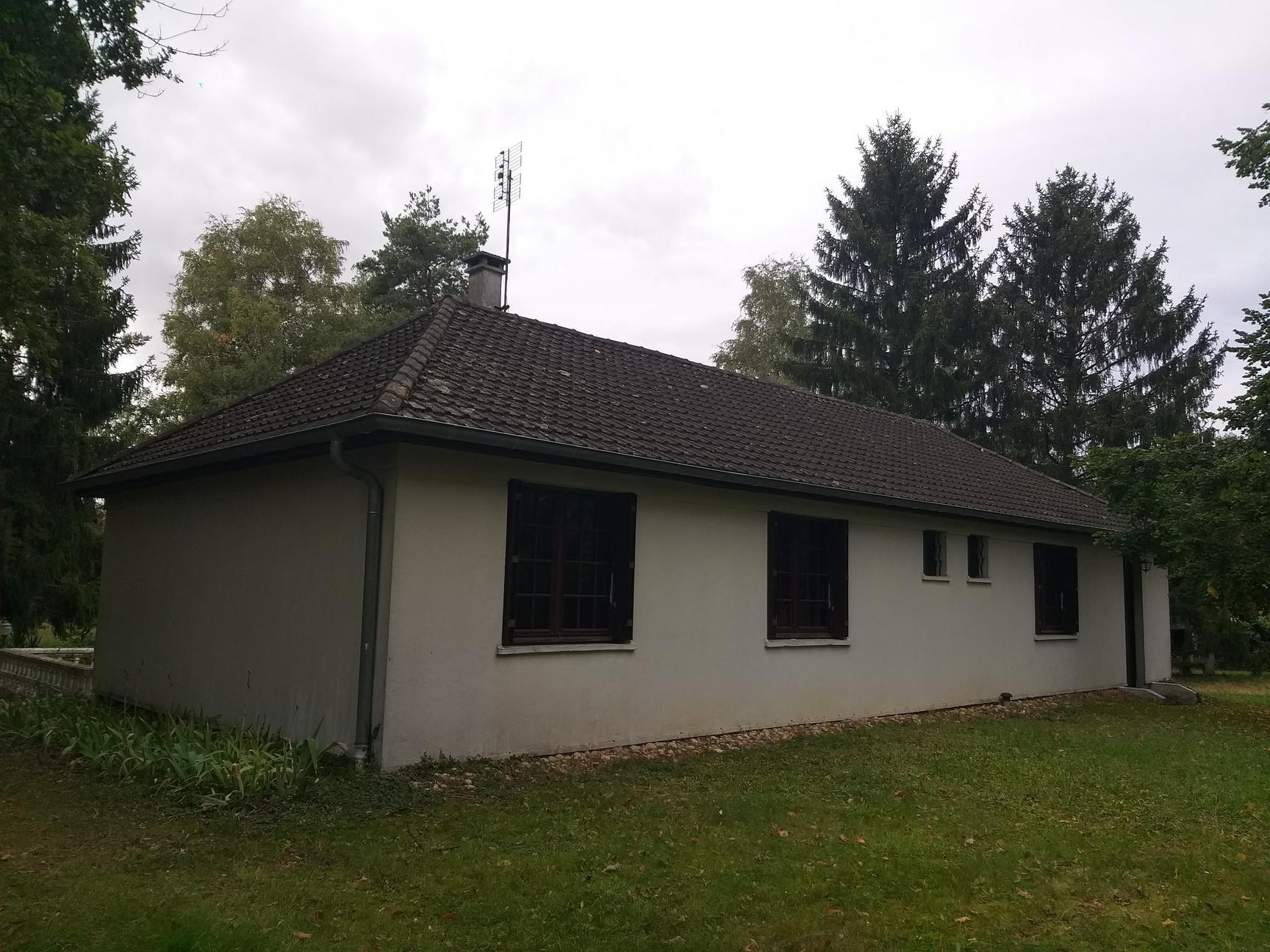 Maison Plain Pied , trois chambres.