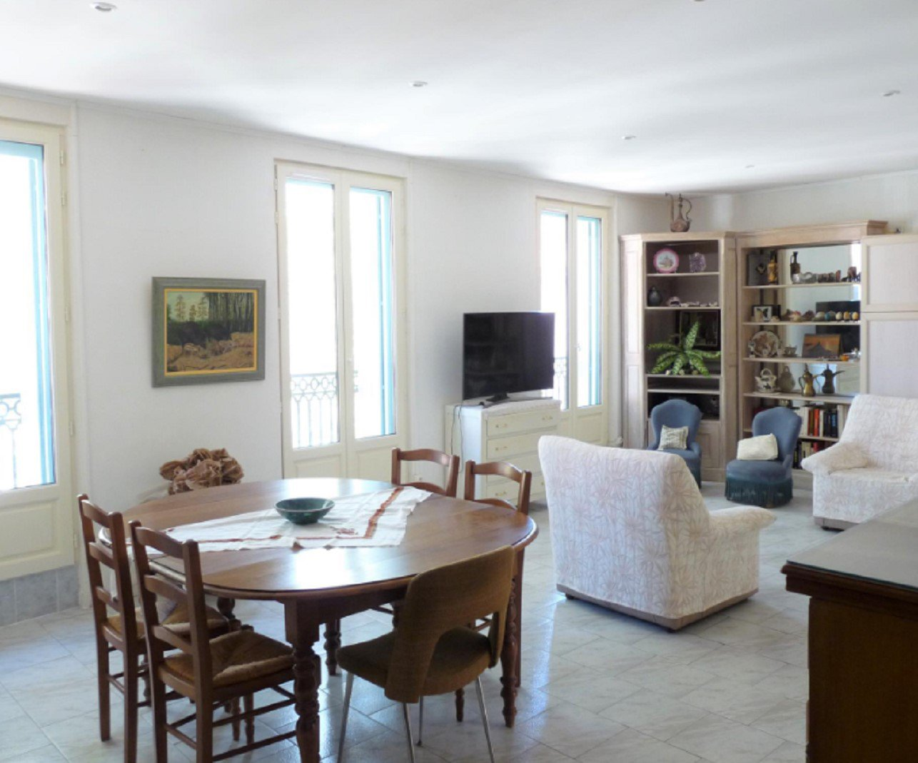 Great situation for this 1 bedroom apartment