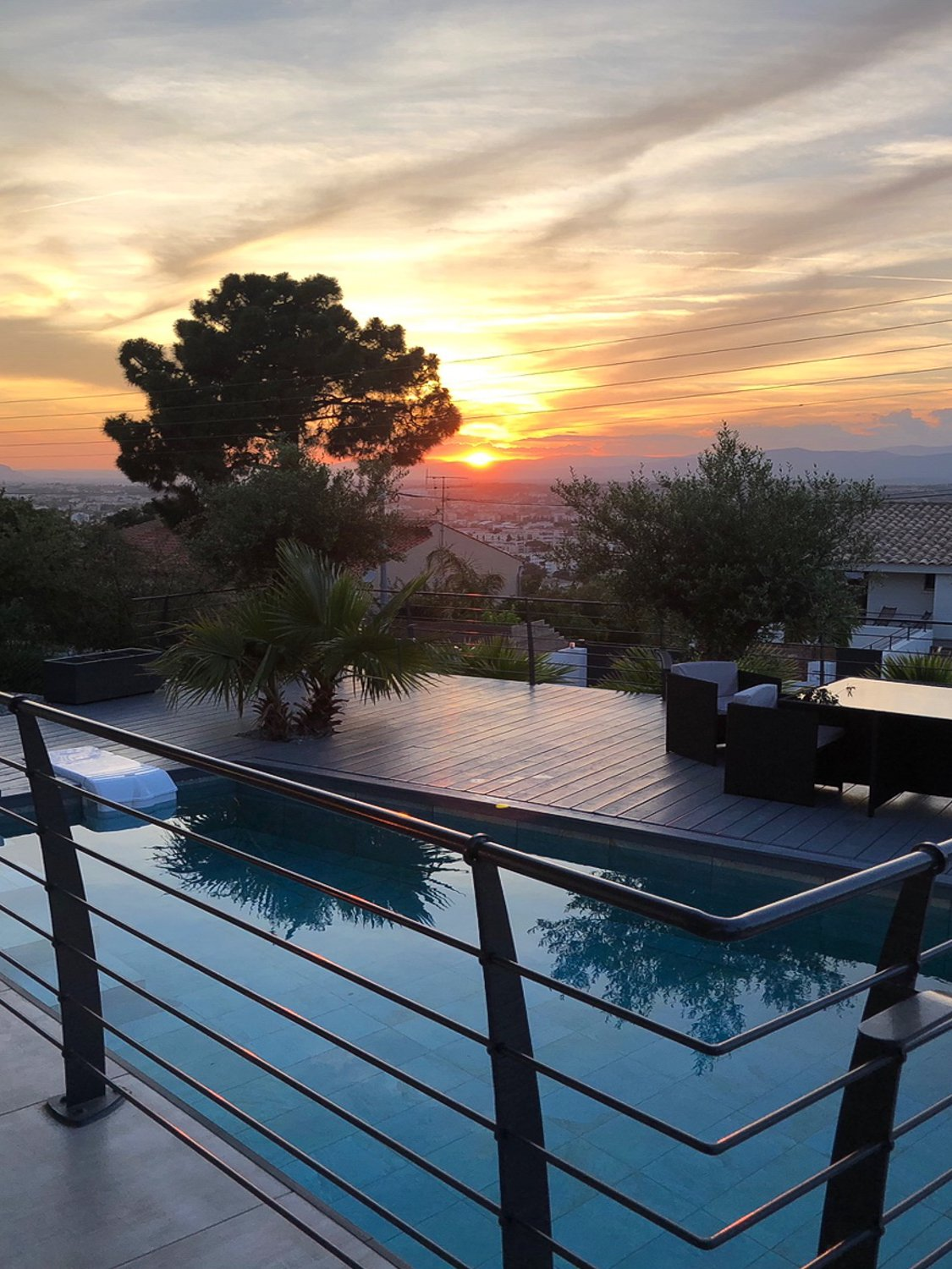 VILLA CONTEMPORAINE PROCHE CENTRE SAINT RAPHAEL