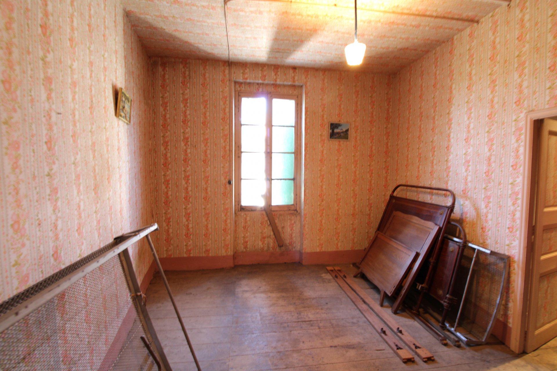 Saint-Jean de Rives - Maison de village T4 90m2 en pierre à restaurer à 25 minutes de Toulouse