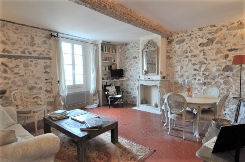 Charming apartment in the village