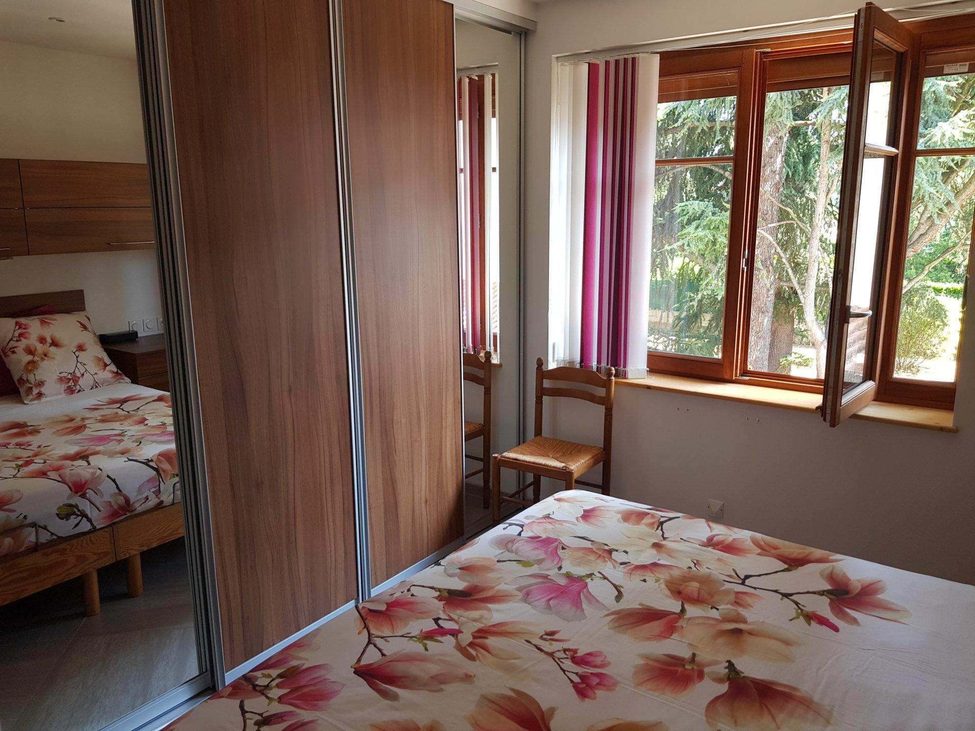 VIENNE, quartier Saint GERMAIN, Villa T6 de 190 m².