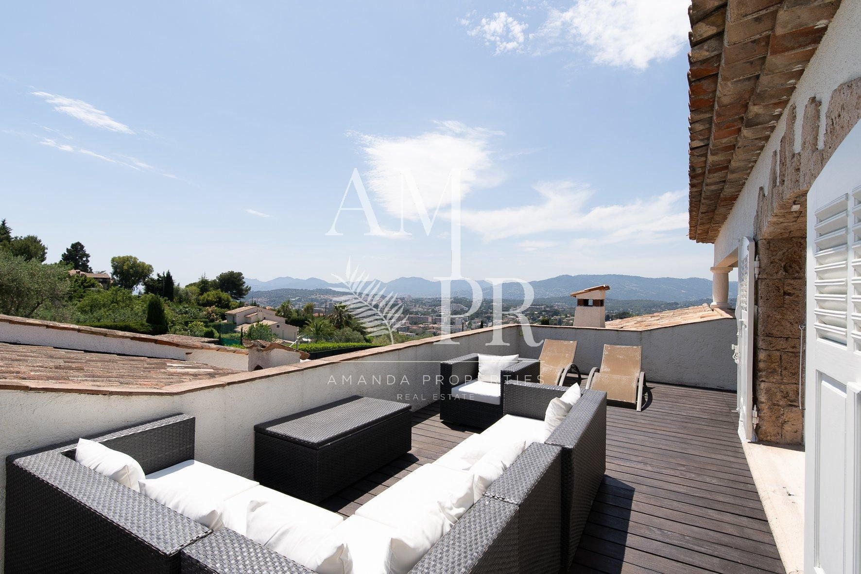 STUNNING VILLA WITH SEA AND MOUNTAIN VIEW, TENNIS COURT AND POOL