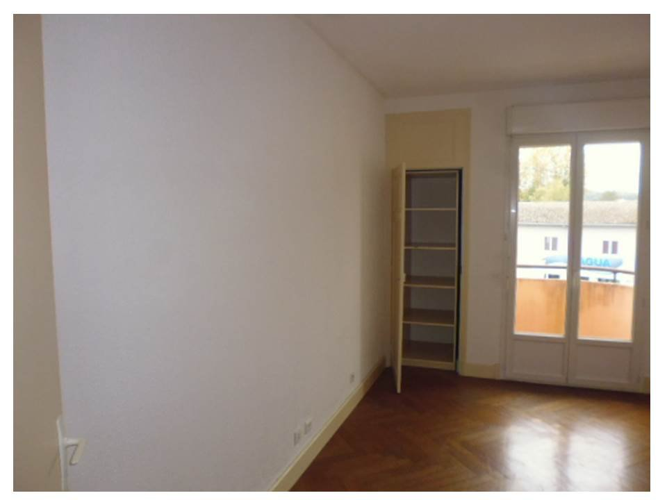 F3 APPARTEMENT CENTRE VILLE