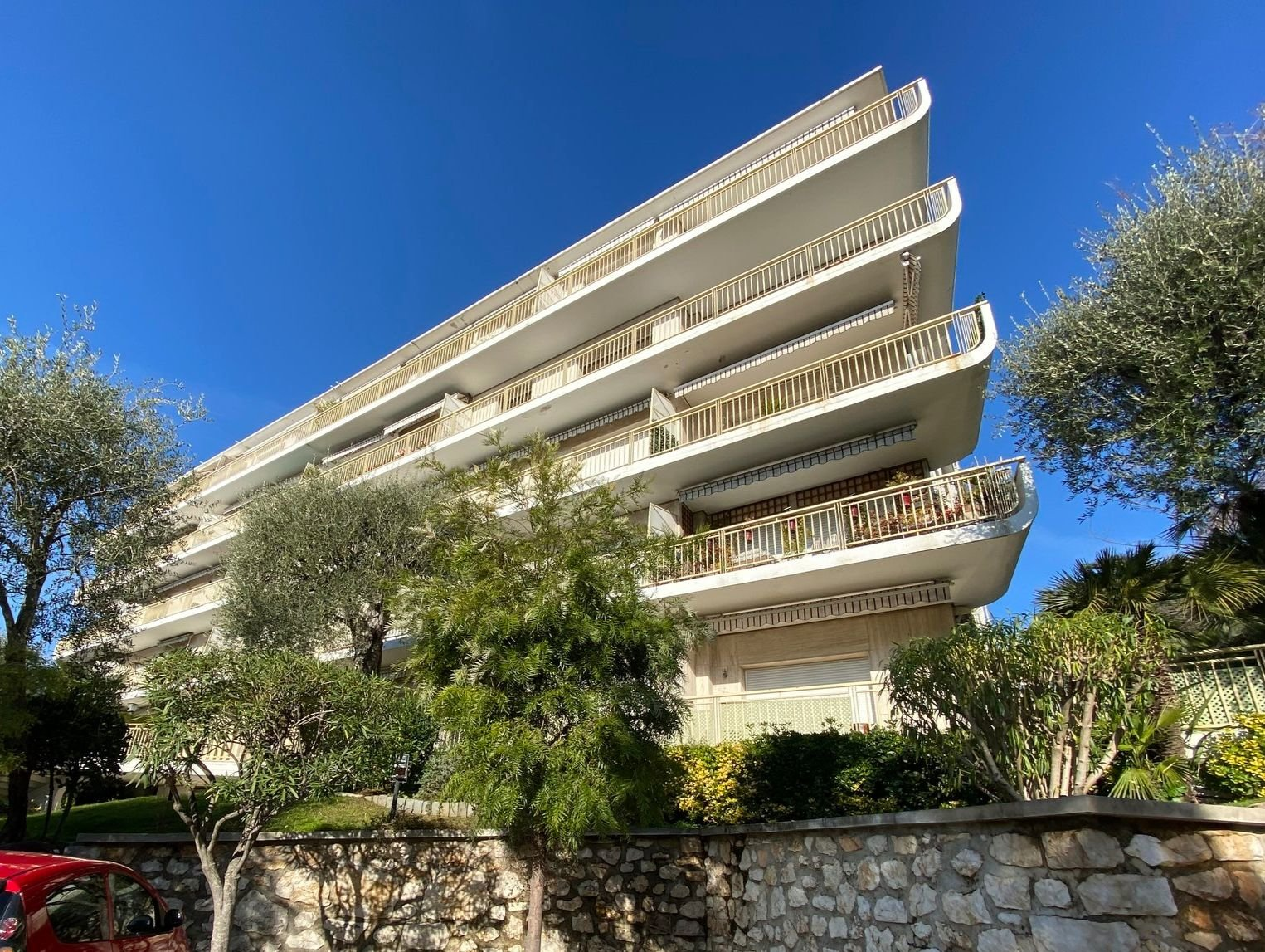 Nice - Cap de Nice - 2BR apartment with sea view in gated domaine
