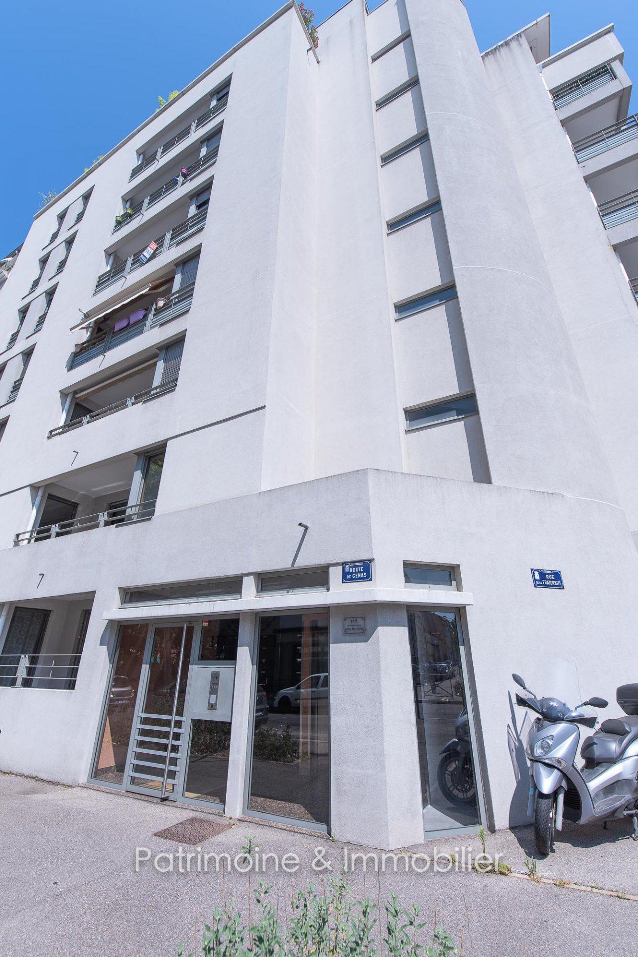 Villeurbanne - T5 4 Chambres + Garage