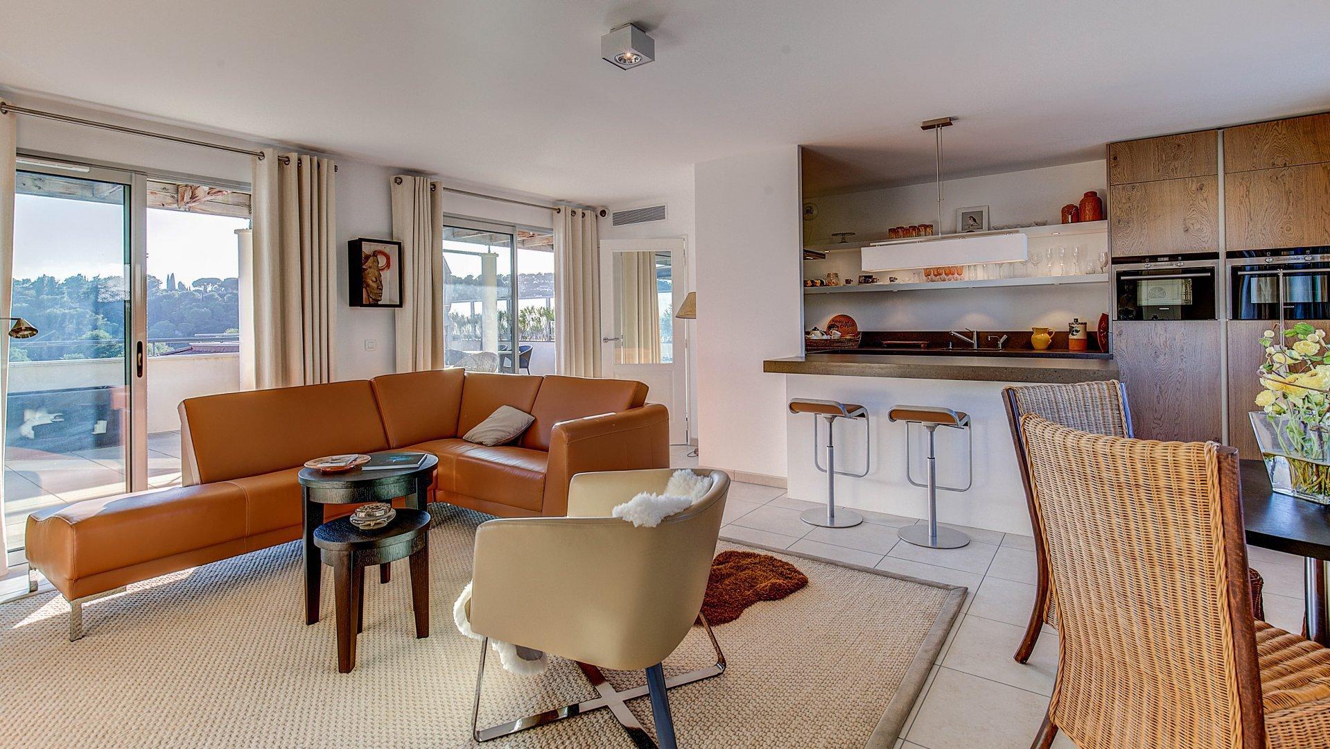 Lekker penthouseleilighet med 192m2 terrasse