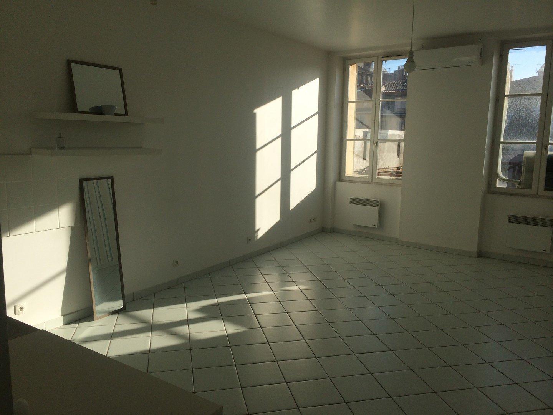 Grand studio de 43m²