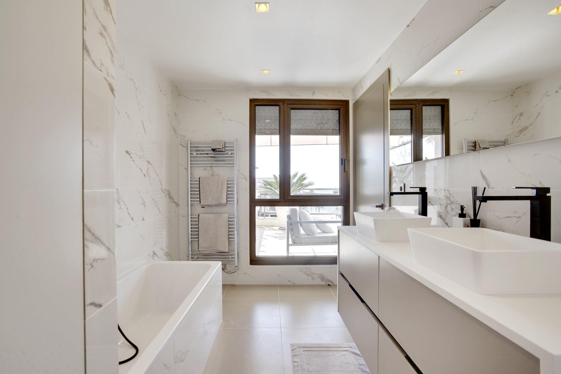 rentals superb dulpex 3 bedroom Gray d'albion area