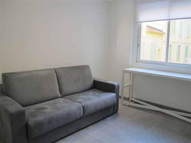 Sale Studio apartment in the center of Cannes, close to rue d'Antibes