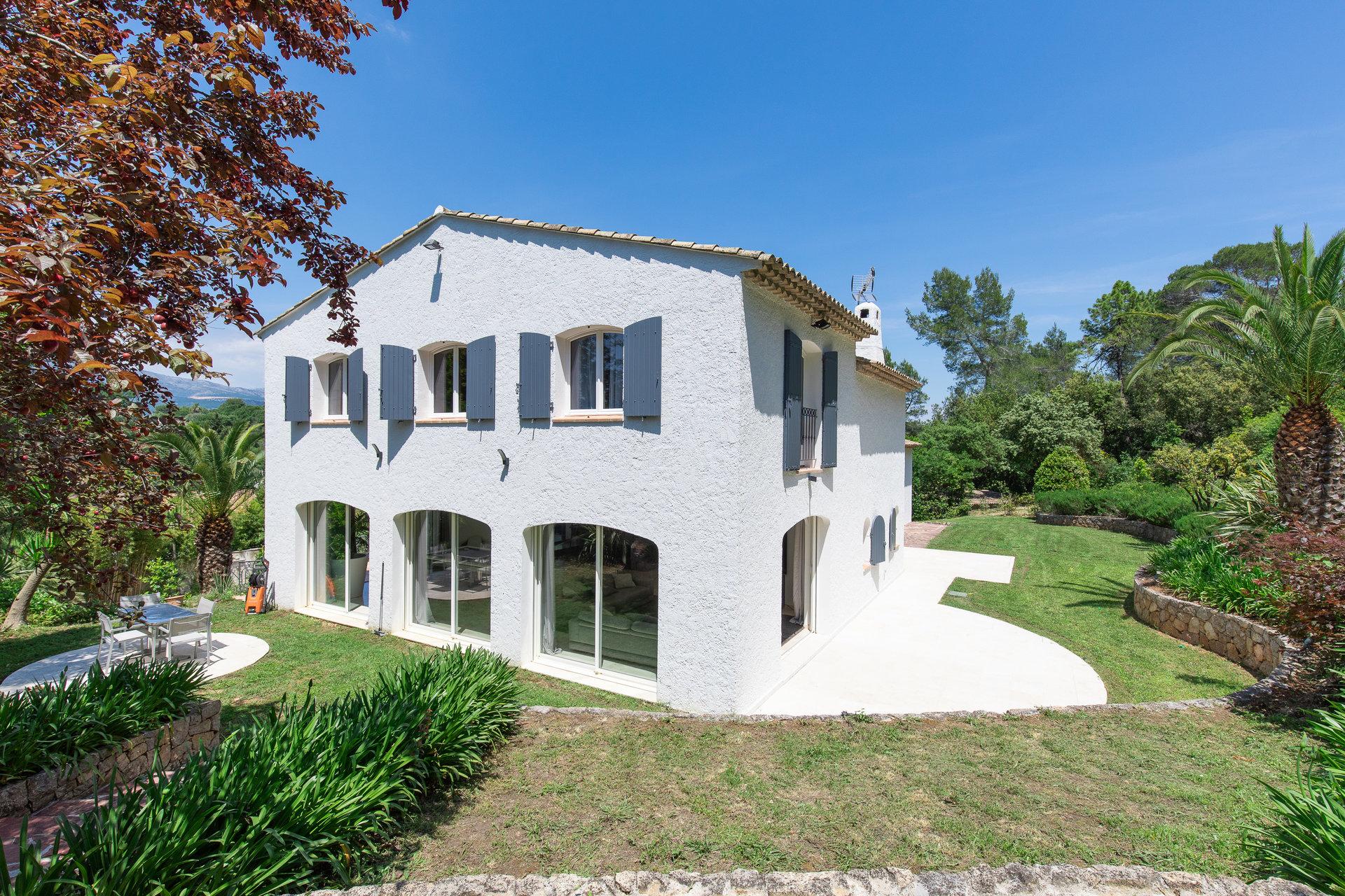 Valbonne - Beautiful property