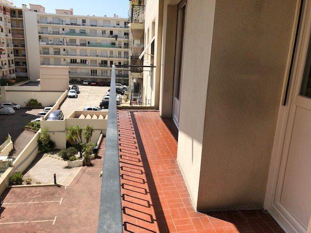 ALPES-MARITIMES (06) - NICE - PORT - Vente Studio + terrasse