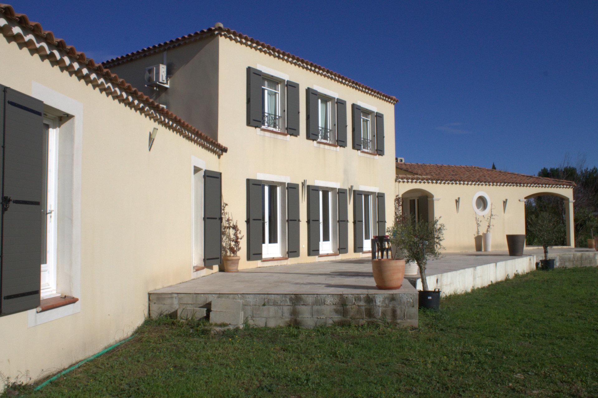 Proche d'Arles - Belle propriété