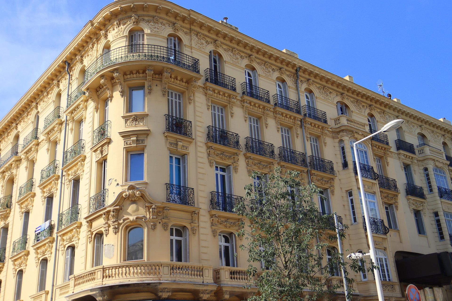 Nice Carré d'Or 4p immeuble
