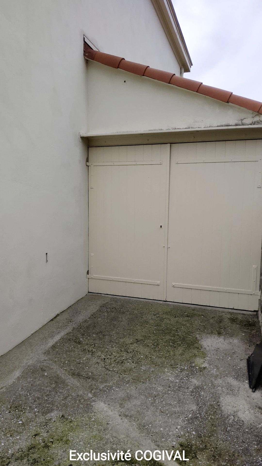 Produit rare ! Maison individuelle de type F3 de 60m² avec garage et jardin, aperçu mer
